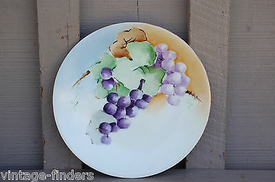 Old Vintage Wands Hand Painted Grapes Plate w Gold Trim D & Co. Limoge France