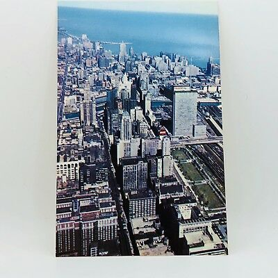 Postcard Vtg Illinois Aerial of the Loop Chicago Buildings Bird's-eye View A-12