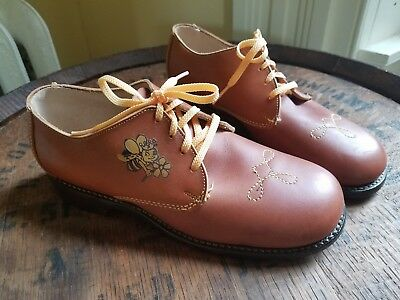 Vintage GIRLS leather BUMBLE BEE OXFORDS school Shoes Size 2 1/2 Y OOAK!