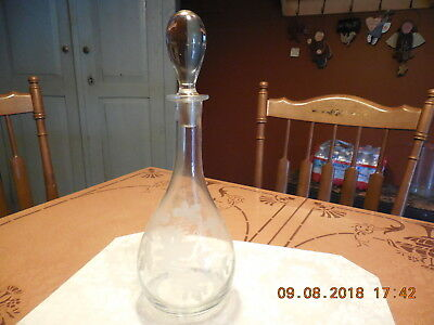 Vtg Clear  And  Etched Glass Large Decanter Leaf And Grape Design
