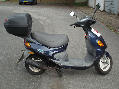 Daelim  Message moped