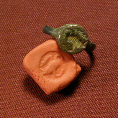 Roman Seal / Signet Ring with Snake eater Eagle