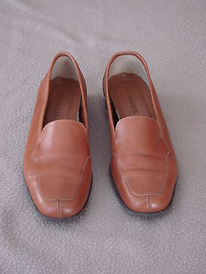 Women's Naturalizer Rust Brown  Loafer Shoes Size 11