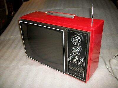 VINTAGE PANASONIC AN-162 (i think) SPEED-O-VISION RED PORTABLE TV TELEVISION