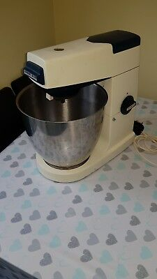 KENWOOD CHEF MAJOR A707a FOOD PROCESSOR WITH LOTS OF ACCESSORIES INCLUDED