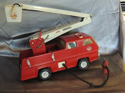 Vintage TONKA Snorkel Fire Truck 60s-70s Pressed steel 13200 + Hydrant and Hose