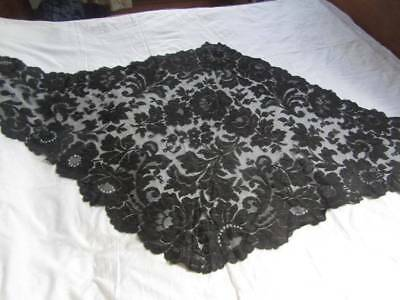 Beautiful Floral Antique Chantilly Lace Mourning Stole Shawl Mantilla Scalloped