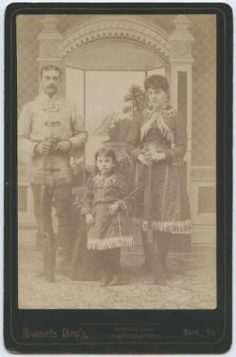 1880's CABINET IMAGE - PIONEER FAMILY ALL IN WESTERN BUCKSKIN, HOLDING RIFLES