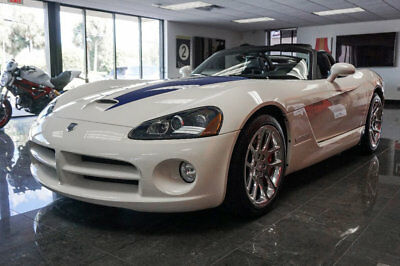 Dodge Viper 2dr Convertible SRT10 '05 Dodge Viper, 500 HP, 6Spd Manual,Conmemorative Edition Pkg,18X10Frt &19X13RR