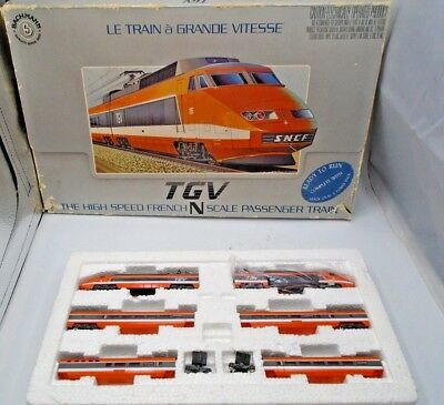 BACHMANN FRENCH HIGH SPEED TGV Train PASSENGER CARS And LOCOMOTIVE N SCALE *37