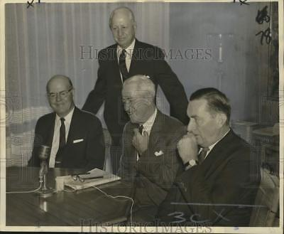 1966 Press Photo Directors' meeting of Merrill, Lynch, Pierce, Fenner and Smith