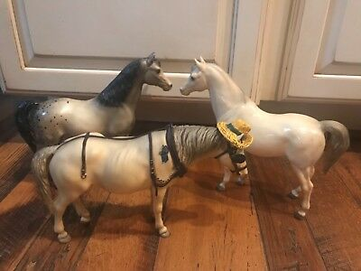 Lot of 3 Vintage Breyer horses, One with Hat