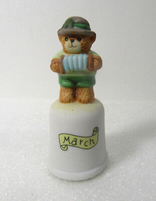 Lucy & Me ~ MARCH ~ St. Patrick's Day Irish Shamrock Enesco Thimble Figurine