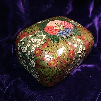 """Vintage Hand Painted Kashmir INDIA Lidded Lacquered Box Paper Mache LARGER 5""""x4"""""""