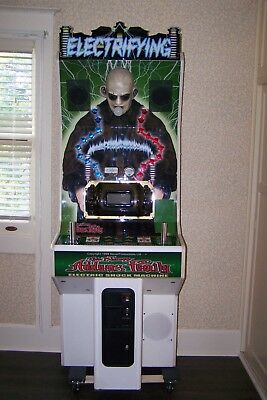 Addams Family Generator Uncle Fester Electric Shock Machine