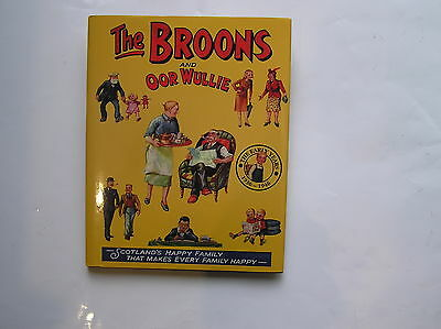 ** The Broons And Oor Wullie The Early Years 1936 -1946** Pub 2006.hback/dj/g/c