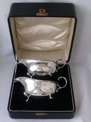 Smart Boxed Pair of Solid Sterling Silver Sauce/Custard Boats 1936/L 16cm/ 244g