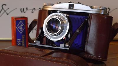 Agfa Isolette II f3.5 Solinar - NEW BLUE Bellows -  CLA'd of course
