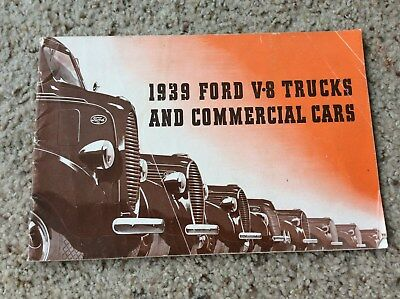 1939 Ford V8 trucks and commercial car sales catalogue.