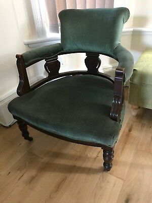 Captains Chair in Green Velvet