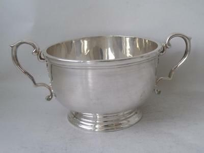 Quality Heavy Solid Sterling Silver Bowl 1969/ Dia 9.5 cm/ 233 g
