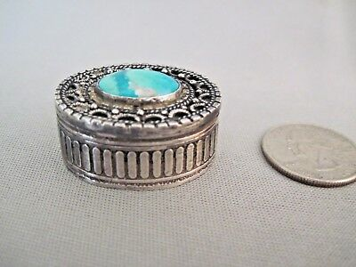 Vintage Solid 900 STERLING SILVER and Turquoise Pill Trinket Box