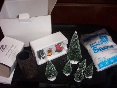 """Dickens Dept 56 Heritage Village Accessory Set """"The Spirit of Giving"""" #58322"""