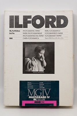 """Ilford Multigrade IV RC Deluxe MGD.1M 5"""" x 7"""" Glossy Photographic Paper"""