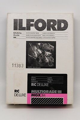 """Ilford Multigrade III RC Deluxe MGX.1M 3.5"""" x 7"""" Glossy Photographic Paper"""