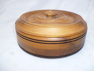 TASMANIAN BLACKHEART SASSAFRAS CANISTER with LID - 16cm diameter - very good con