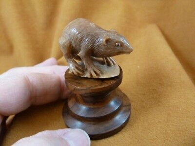 (tb-rat-7) little tan standing Rat Tagua NUT palm figurine Bali carving pet rats