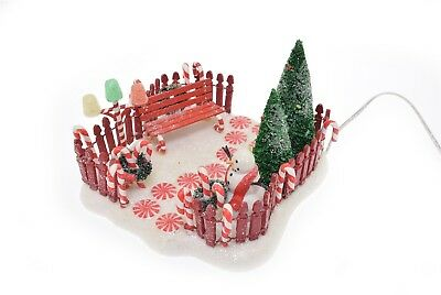 Department 56 North Pole Series Peppermint Front Yard - EUC