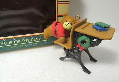 Lucy & Me TOP OF THE CLASS (Final Production Year) Enesco Treasury of Ornaments