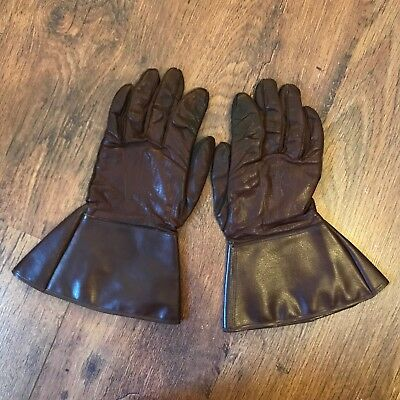 Vintage Leather c 1930s gauntlet gloves by Dents Made in England