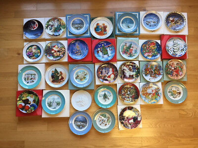 Avon Christmas plate series collection of 31