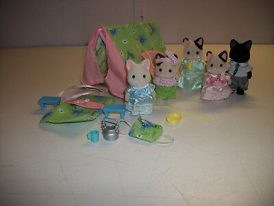 Calico Critters Cat Family  tent camping set