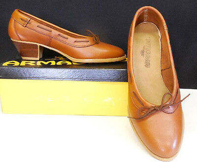 TRUE VTG 70s 80s SLIP ON PUMP LEATHER DRESS SHOES NEW OLD W BOX NOS 8 1/2