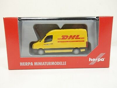 1:87--HERPA ..VW Crafter DHL  ..OVP  ..F5 /25