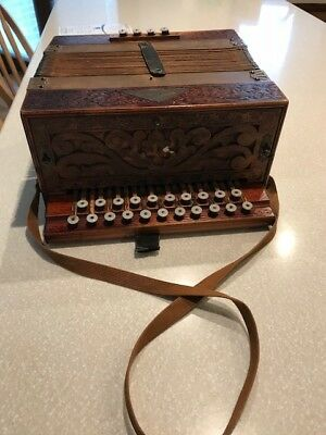 Accordion/Squeeze Box Stahltone Koch Amica early 1900's good condition
