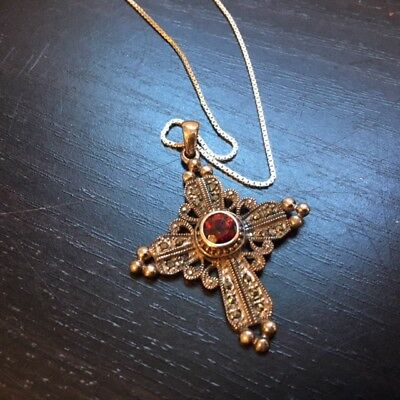 """VTG A925 Sterling Silver Red Stone Marcasite Cross Pendant & Necklace 24"""" Chain"""