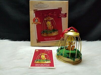 2004 Hallmark Keepsake Magic Ornament Deck The Halls (MIB)