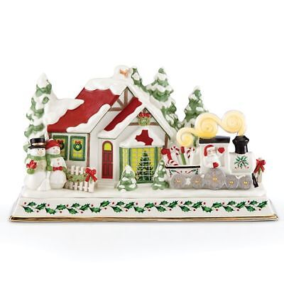 Lenox Christmas Holiday Musical Santa & Lit Train Centerpiece New 2018 879338