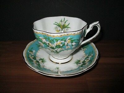 Vintage Queen Anne Tea Cup And Saucer - Marilyn Pattern