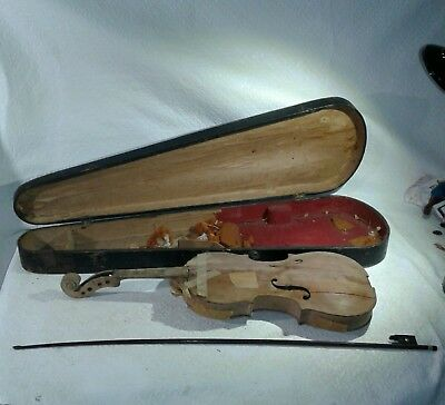 primitive 1800s violin and wooden GSB coffin case w/bow for parts