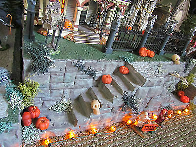 .HALLOWEEN Majestic STAIRCASE Village Display platform base 42x12 Dept 56 Lemax