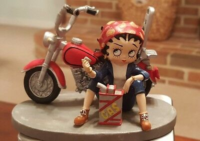 """Vintage Betty Boop Out of Gas Sitting by her Motorcycle w/Gas Can 2001 3x5"""""""