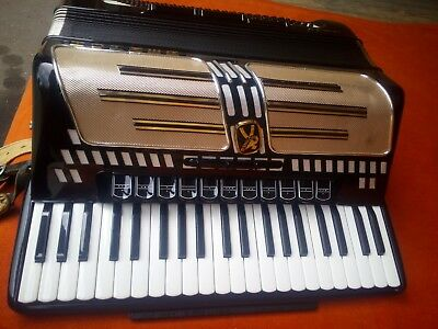 Hohner Akkordeon Atlantic IV mit original Koffer