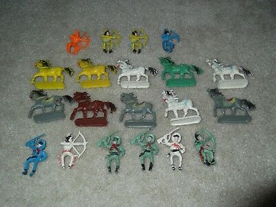 vintage plastic horses and cowboy figures lot of 20