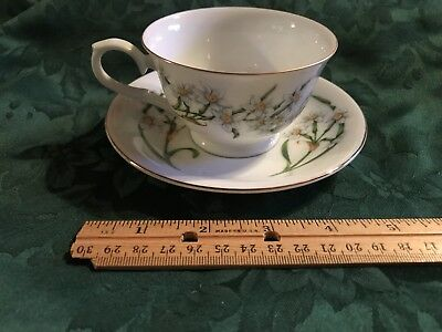 Avon Christmas Narcissus December Cup And Saucer