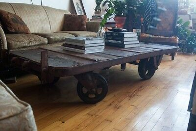 Merveilleux Vintage Industrial Antique Factory Warehouse Railroad Coffee Table Cart  Large!